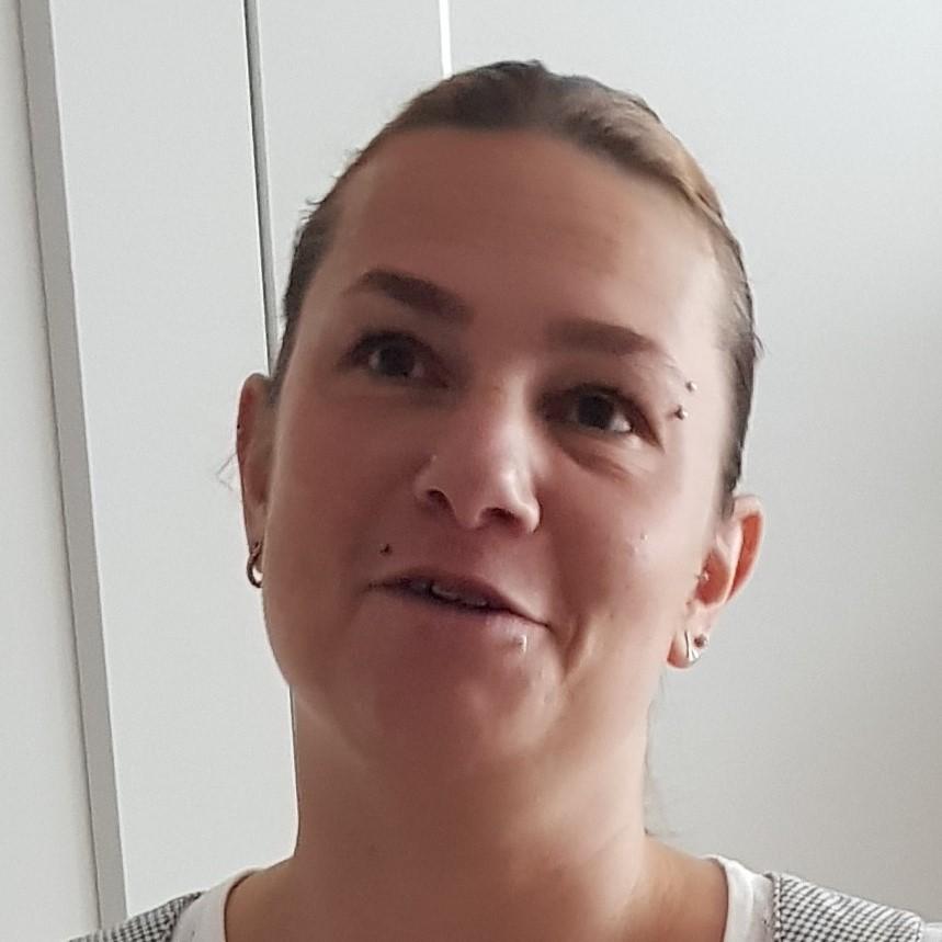 https://schwarzweissmuenchen.de/wp-content/uploads/2020/03/Sabine-1.jpg